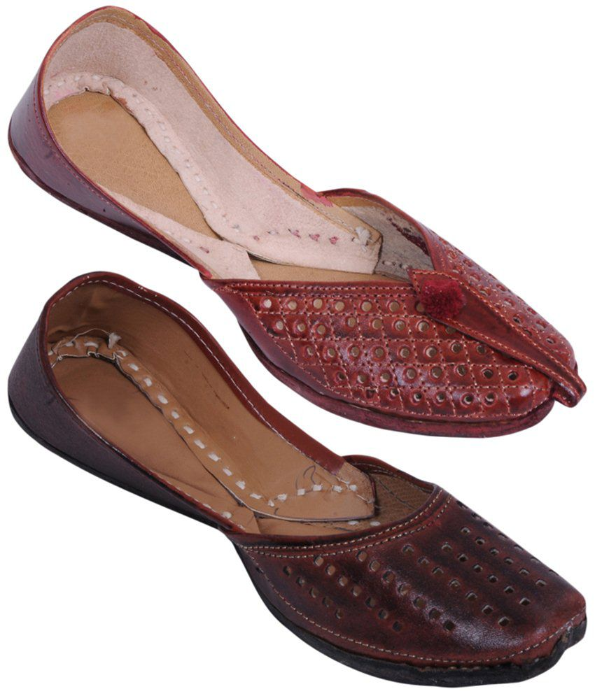 Rangaama Trendy Combo of 2 Red & Brown Jaipuri Mojris For Women
