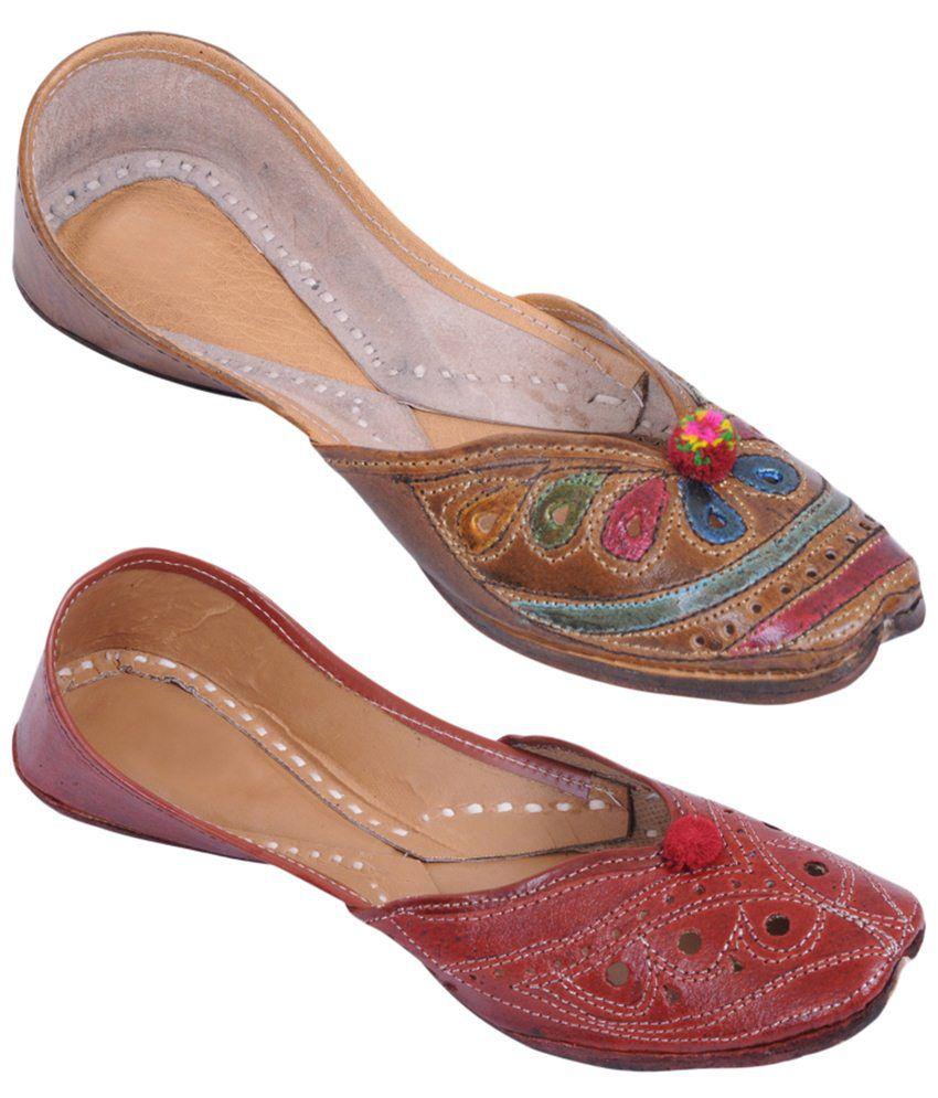 Rangaama Trendy Pack of 2 Brown Traditional Jaipuri Mojris