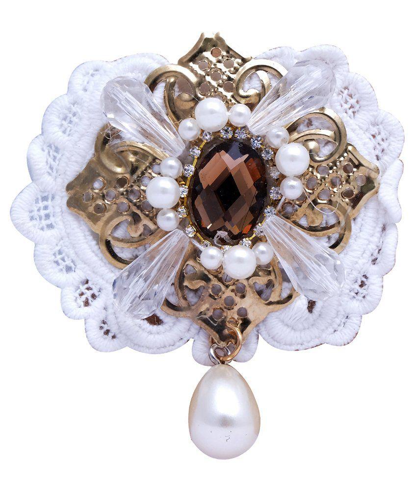 Super Drool Beige Crystal Victorian Motif Brooch