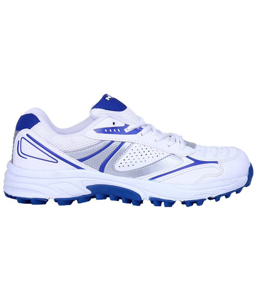 Nivia White & Blue Auckland Cricket Shoes For Men-NIVIACR22406 - Buy Nivia White & Blue Auckland Cricket Shoes For Men-NIVIACR22406 Online at Best Prices in ...