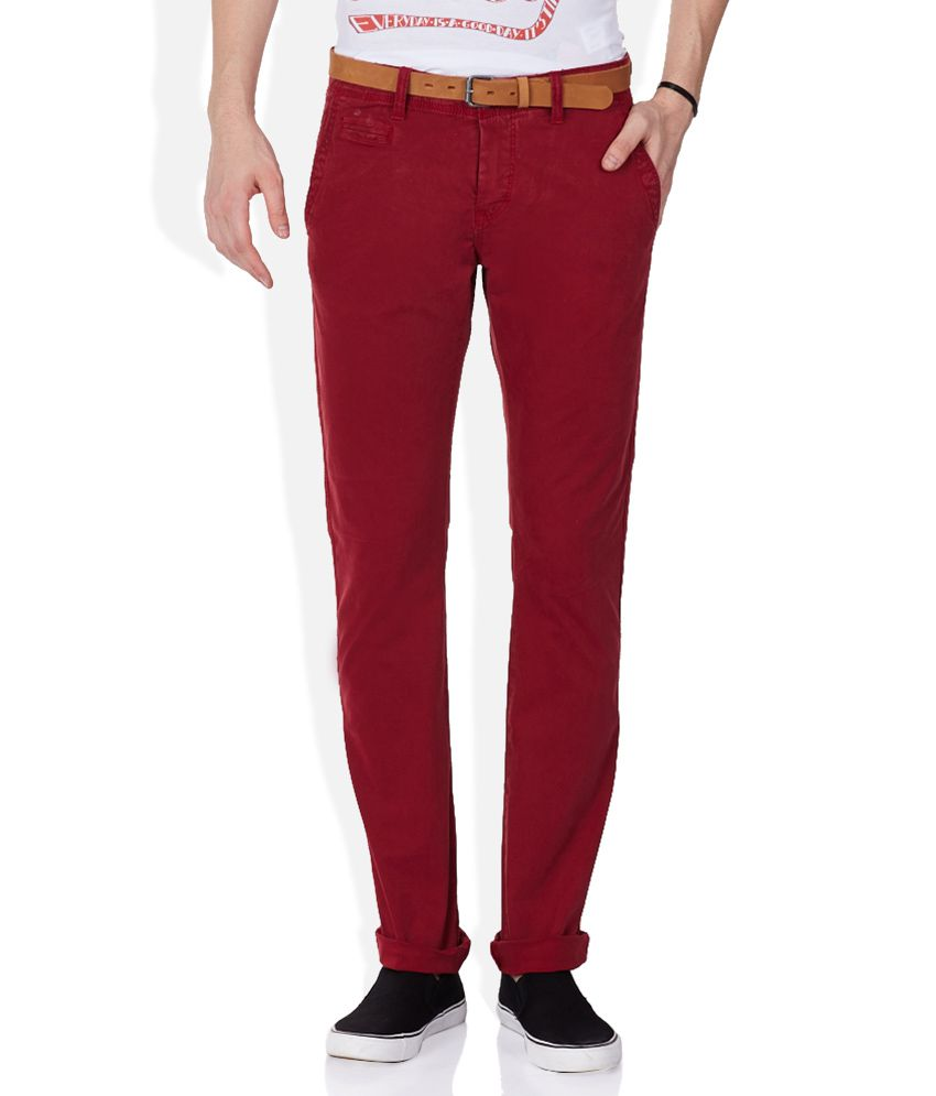 Celio Red Solid Chinos
