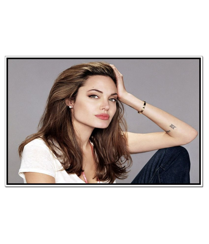 angelina jolie actress 4 Angelina jolie american actress biography wiki interesting facts angelina jolie jolie began her professional film career in 1993.