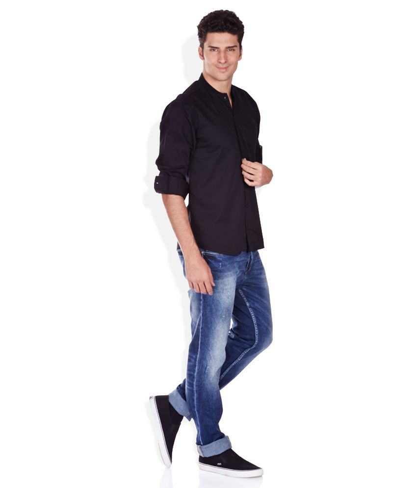 Black t shirt and jeans - Voi Jeans Black Solid Shirt Buy Voi Jeans Black Solid Shirt