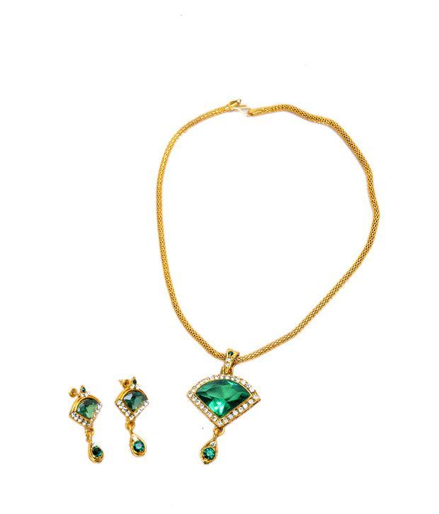 Akshada Creation Green Traditional Austrian Diamonds Designer Pendant With Chain