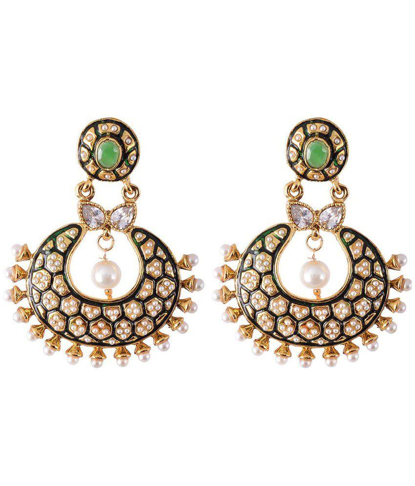 drop earrings how to wear