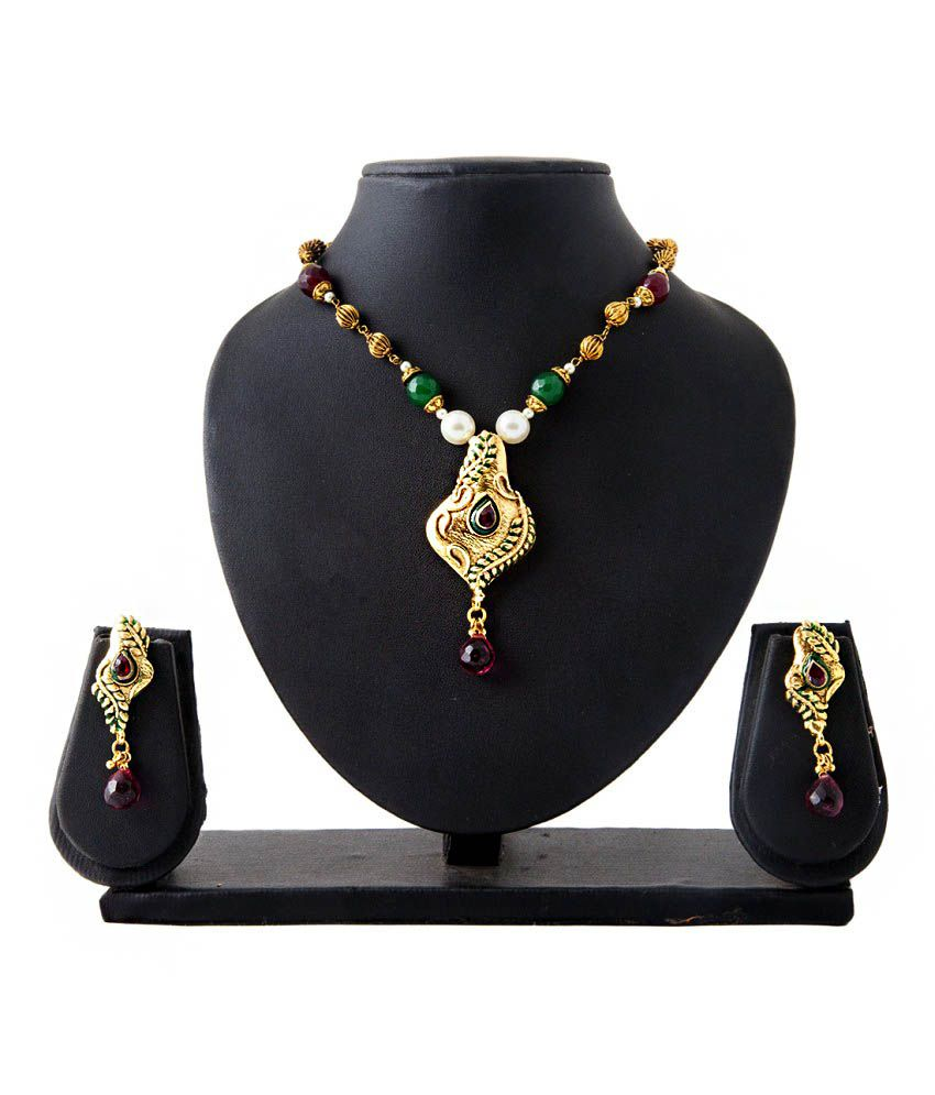 Mokanc Maroon Green Kundan Designer Pendant Copper Necklace Set