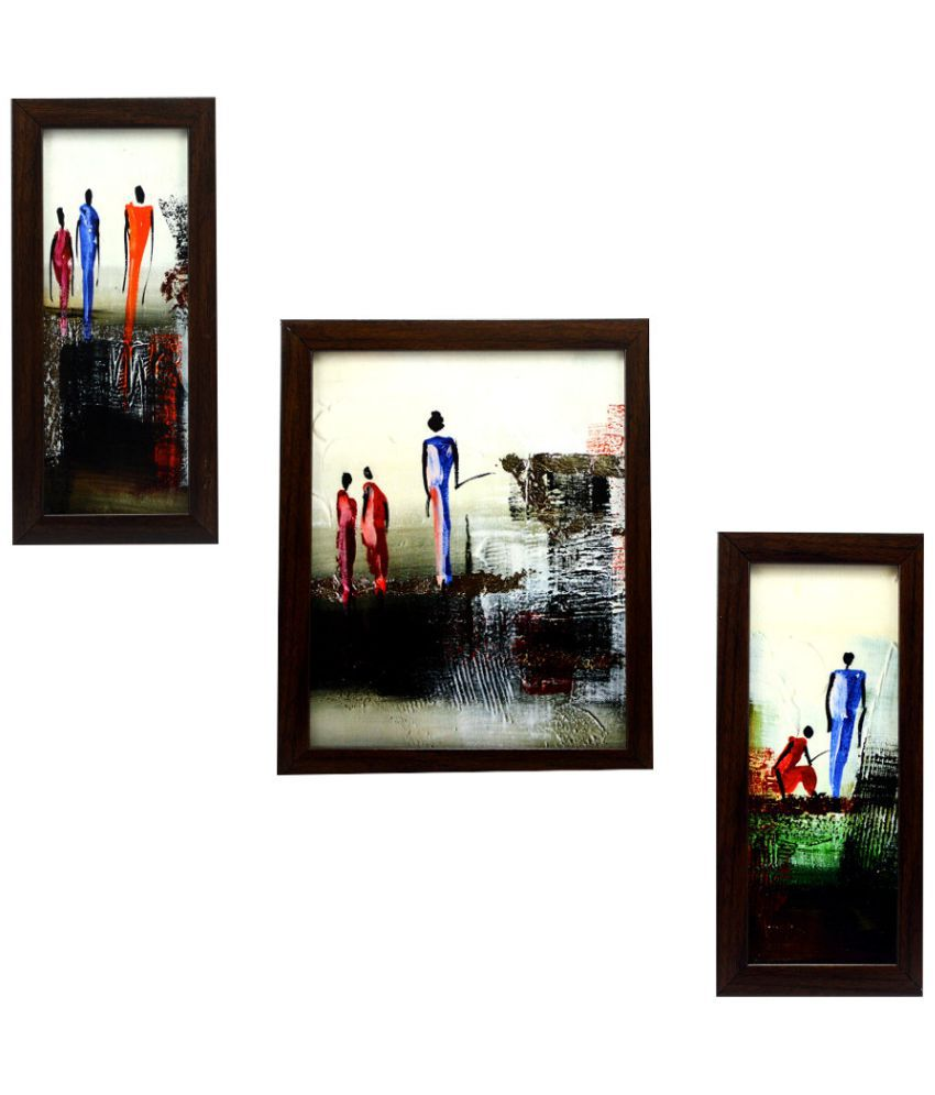 Clear Picture Frames On The Wall