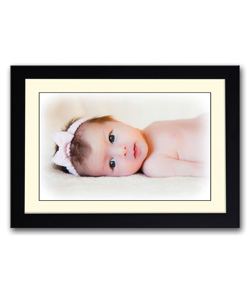 Artifa Matte Baby With Pink Hair Band Looking Painting With Wood Frame
