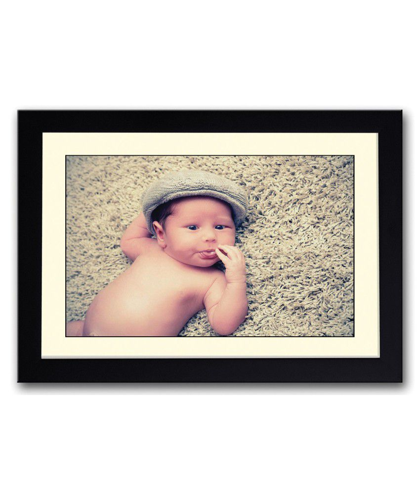 Artifa Matte Cute Baby Sticking Tongue Out Painting With Wood Frame