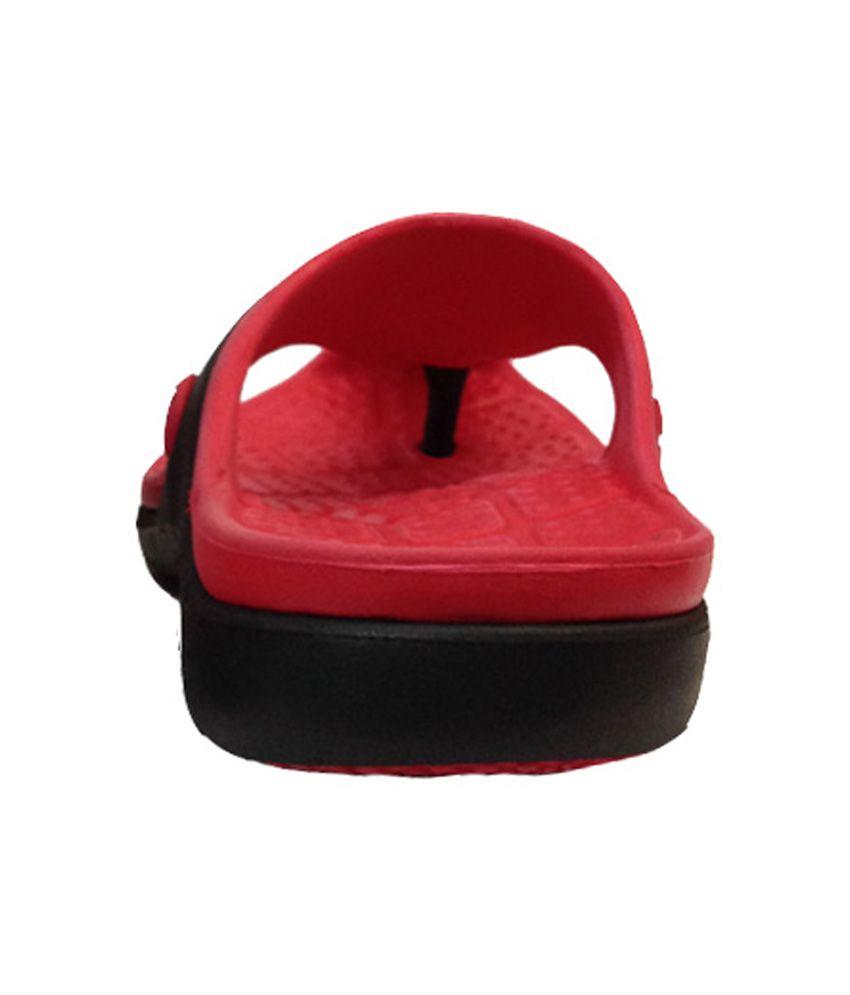 272059ec53c APL Red   Black Slippers Price in India- Buy APL Red   Black ...