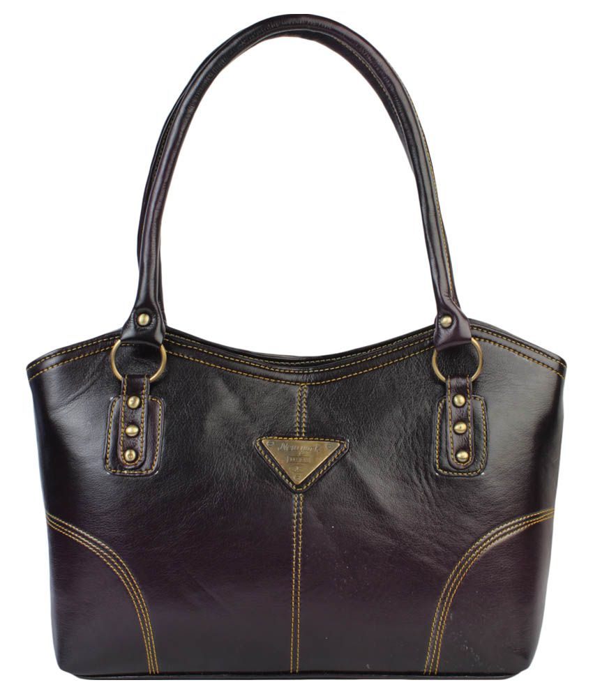 Superimported Black Leather Zipped Shoulder Bag