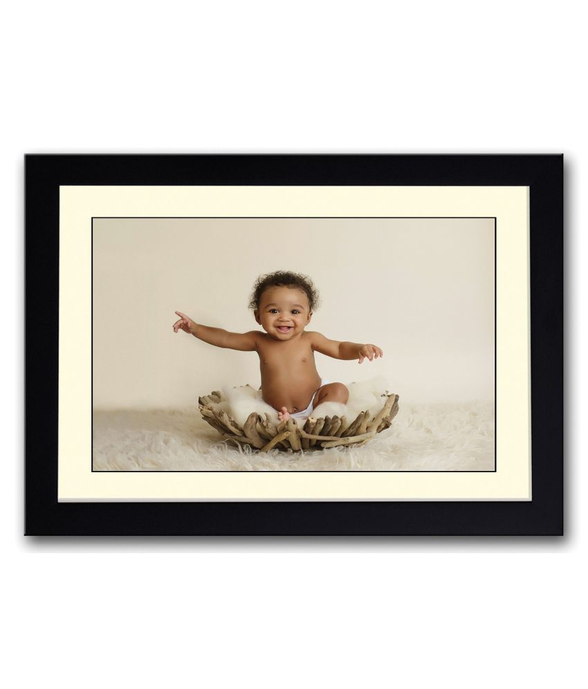 Artifa Matte Baby On Wooden Basket Painting With Wood Frame