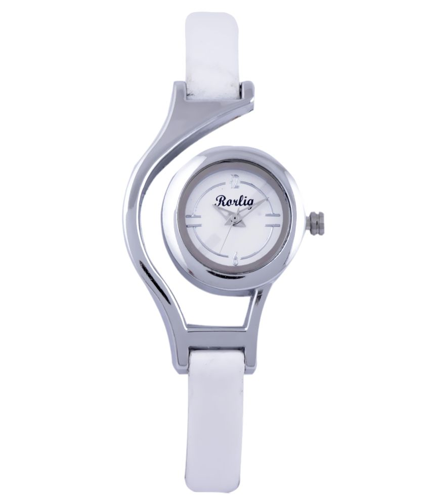 Rorlig White Analog Leather Casual Watch