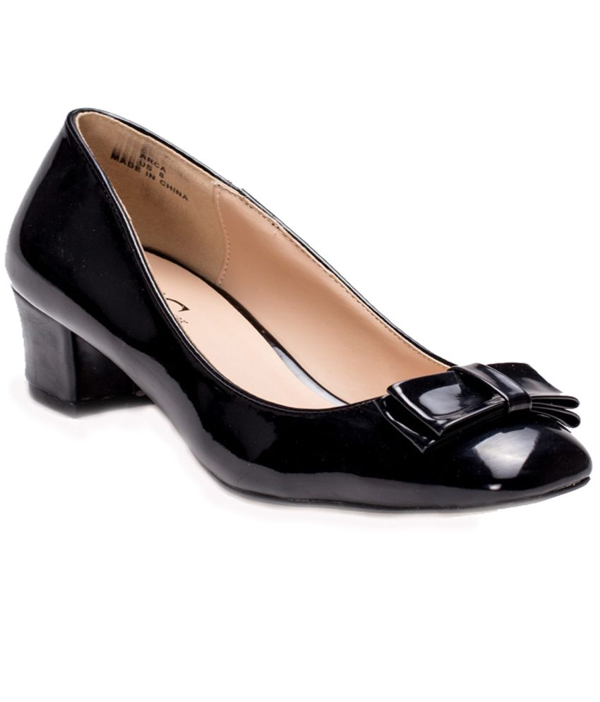 FFC New York Black Pumps