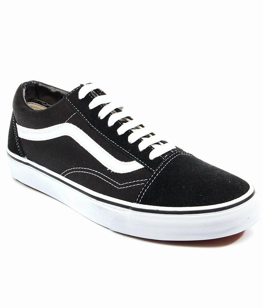 vans old skool black casual shoes buy vans old skool. Black Bedroom Furniture Sets. Home Design Ideas