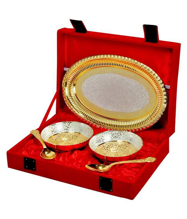 Vespl Silver And Golden Color Plated Brass Bowl And Tray - Set Of 5