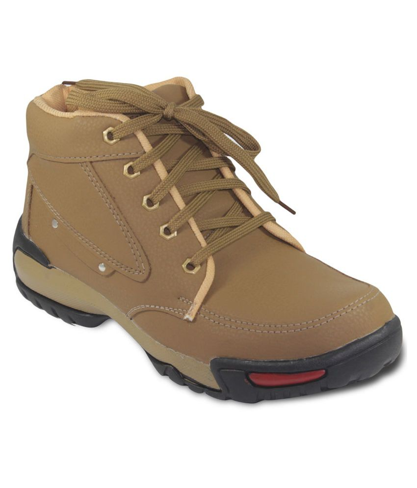 Stardom Beige Boots
