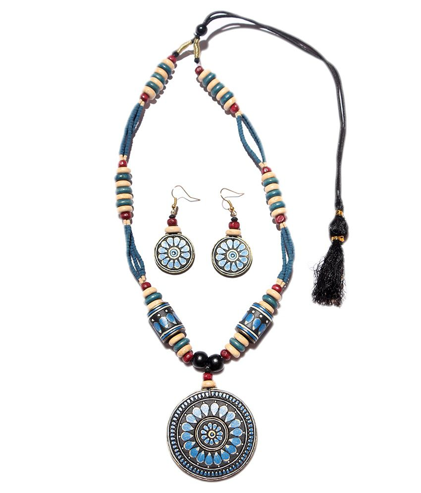 Slice Of Bengal Multicolour Traditional Necklace Set