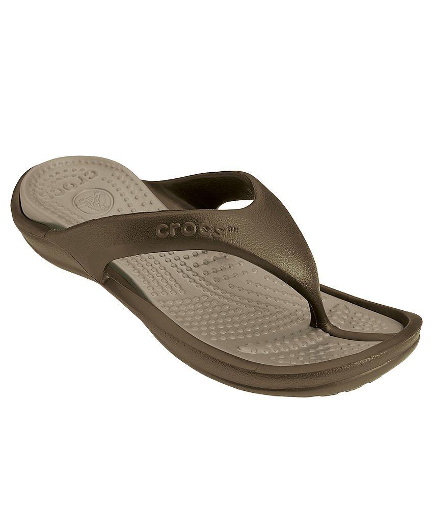 53baf5d1f265 Crocs Relaxed Fit Athens II Brown Flip Flops Price in India- Buy Crocs  Relaxed Fit Athens II Brown Flip Flops Online at Snapdeal