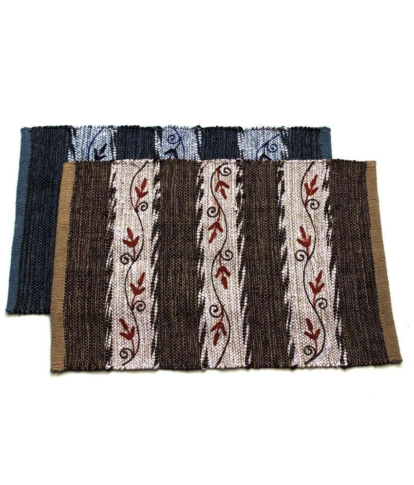 Home Gallery Beige & Black Cotton Handmade Floor Mat (Buy 1 Get 1)