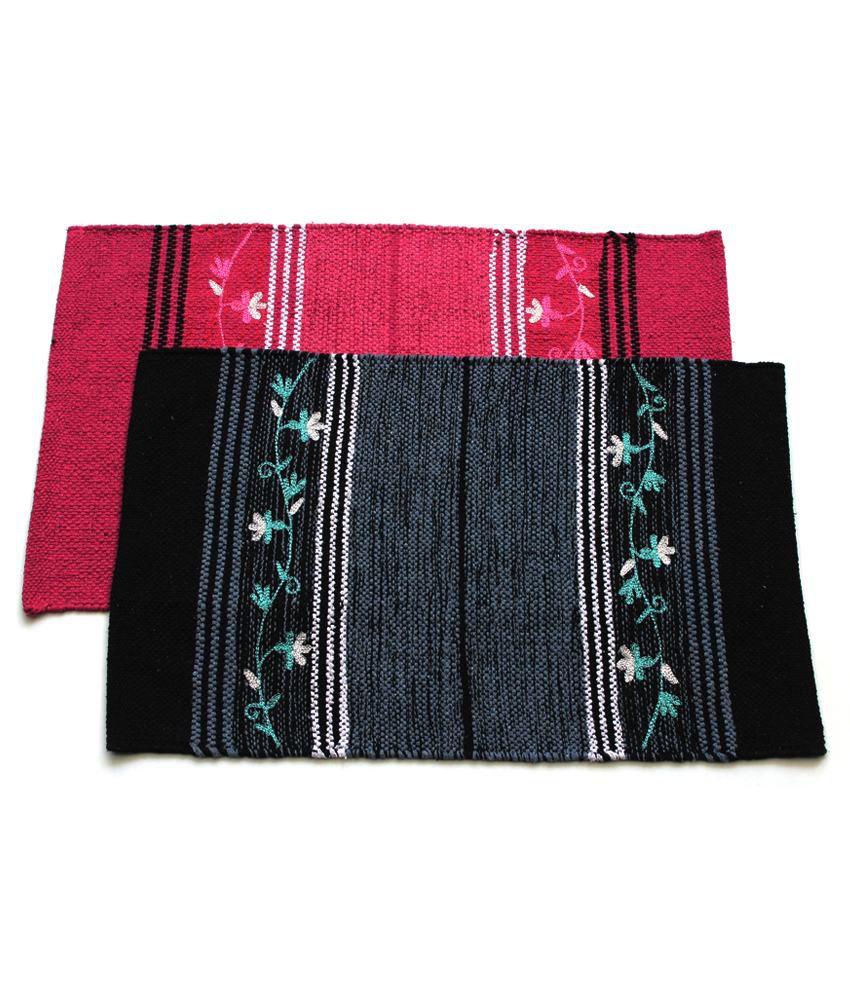 Home Gallery Black & Pink Cotton Handmade Floor Mat (Buy 1 Get 1)