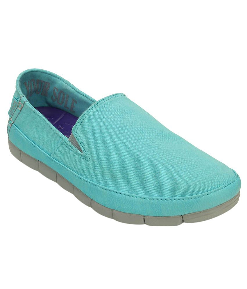 b35683588318 Crocs Blue Casual Shoes Relaxed Fit Price in India- Buy Crocs Blue Casual  Shoes Relaxed Fit Online at Snapdeal