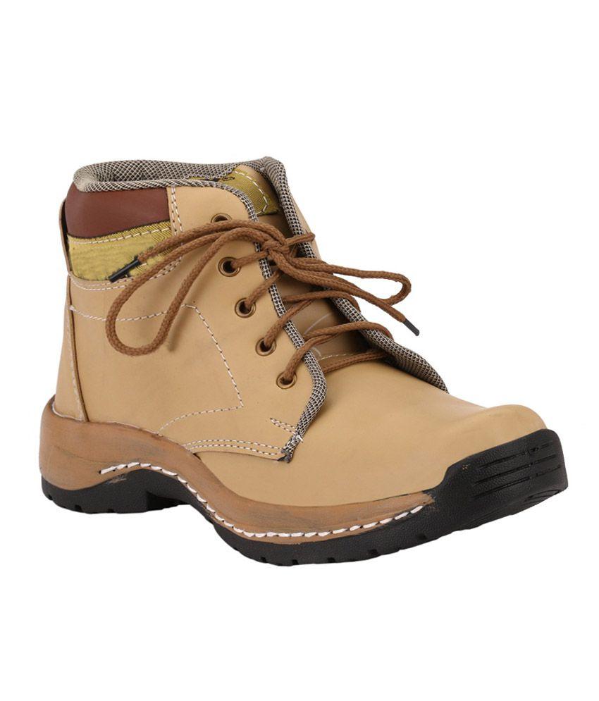 Aaron Beige Boots