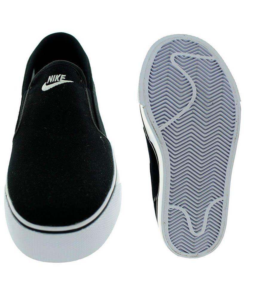 d4847e673d Nike Toki Slip Txt Shoes - Buy Nike Toki Slip Txt Shoes Online at ...
