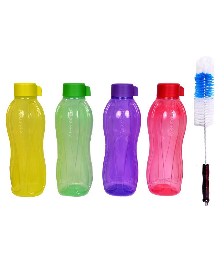 how to clean tupperware water bottles