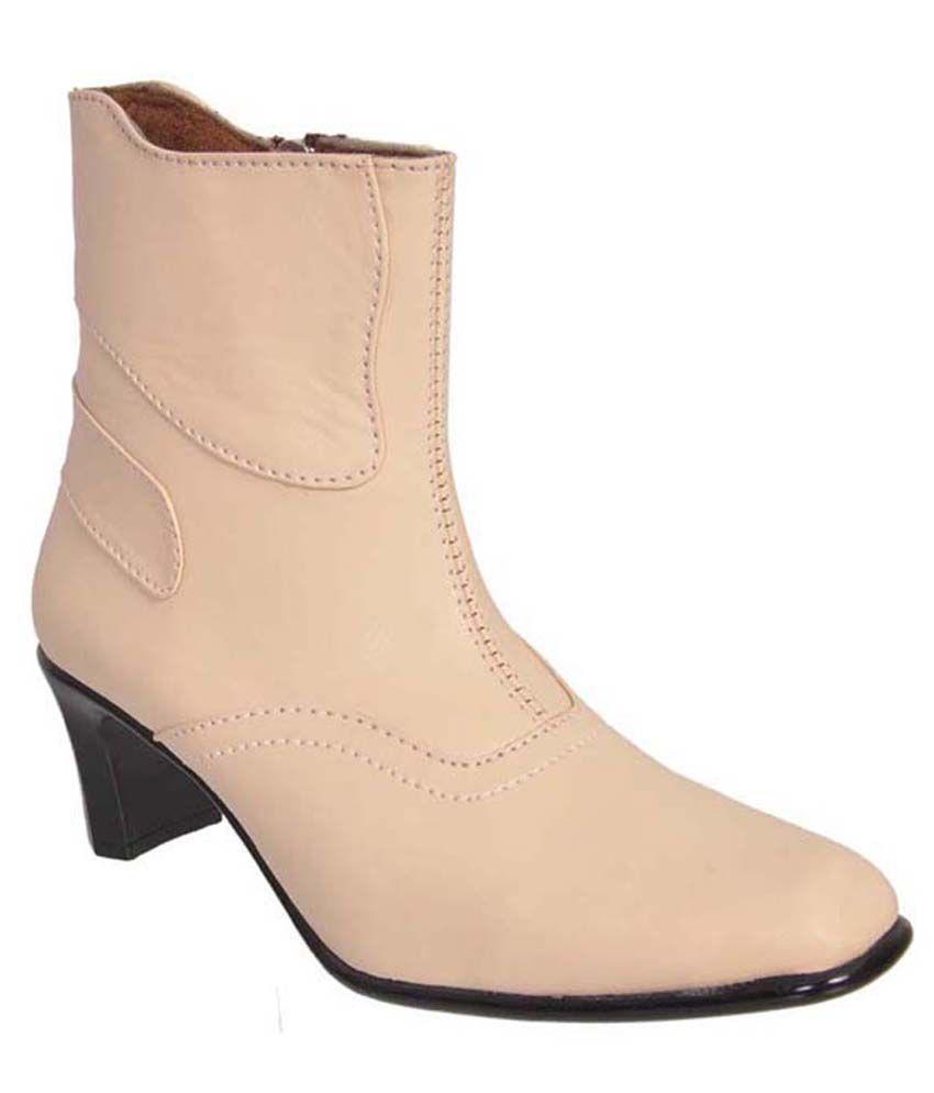 Jolly Jolla White Cowboy Boots