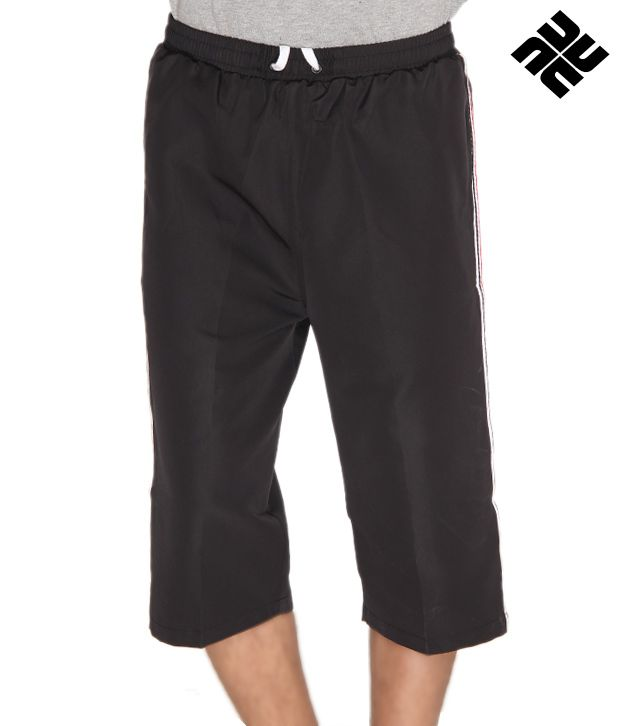 NU9 Casual Black Capri