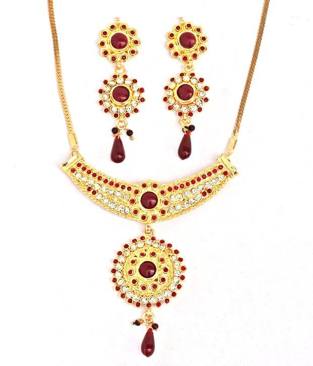 Touchstone AD Golden Radial Necklace Set