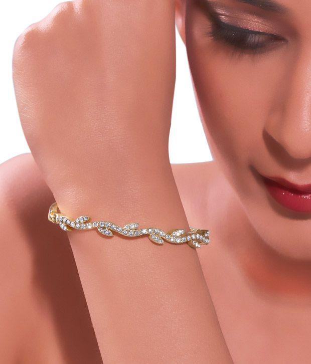 Kim's Trendy Curved Golden Bracelet