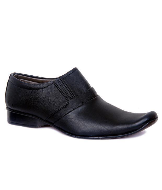 Roxii Black Formal Shoes