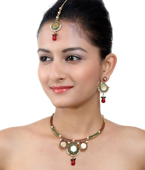 Aradhyaa Jewel Arts Polki Choker  Necklace Set With Maang-tika