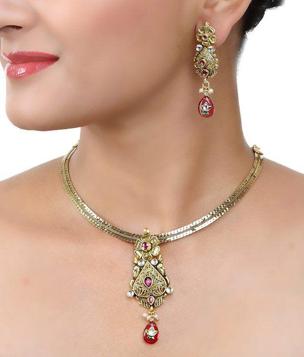 Art Mannia Golden Polki Floral  Necklace Set
