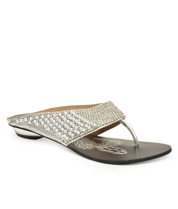 Reyna Studded Silver Flats