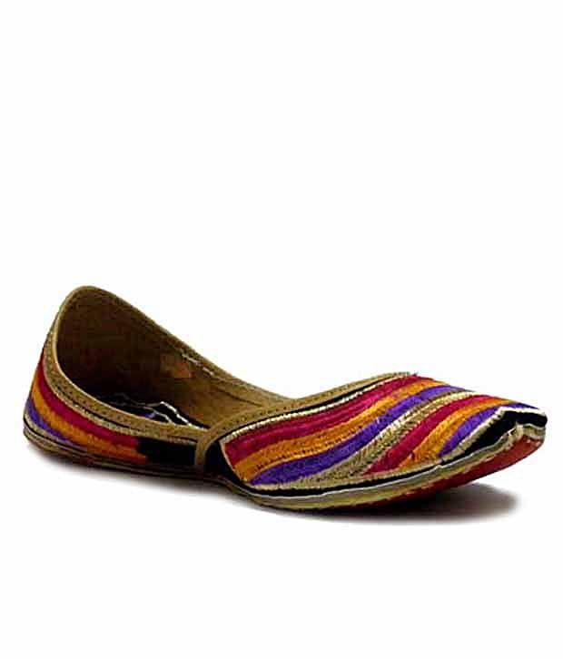 Indirang Multicoloured Fashionable Jutti