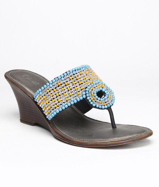 Catwalk Modish Blue Slip-on Heels