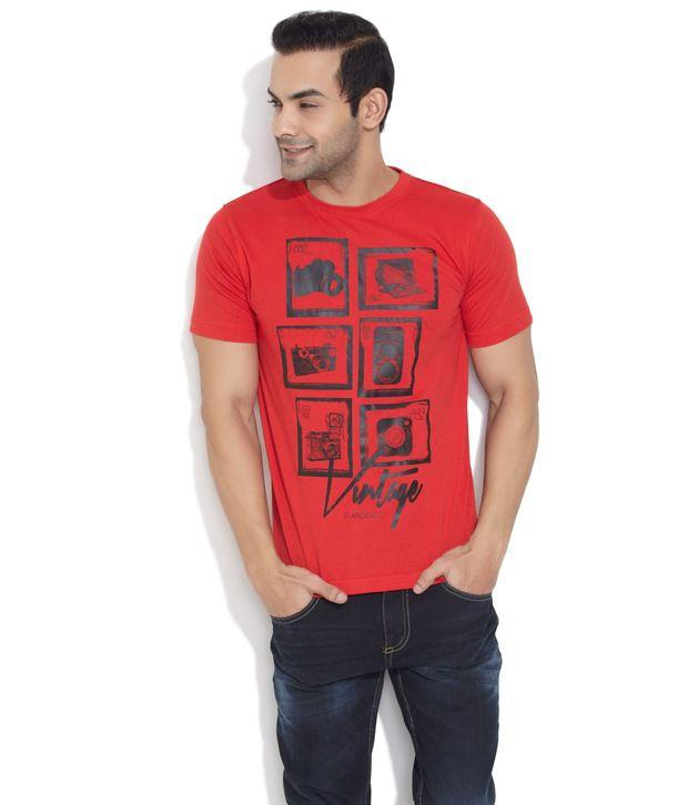 Elaborado Red Vintage Camera Print T-Shirt