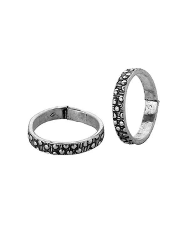 Voylla Oxidized Toe Rings With Polka Dot Design