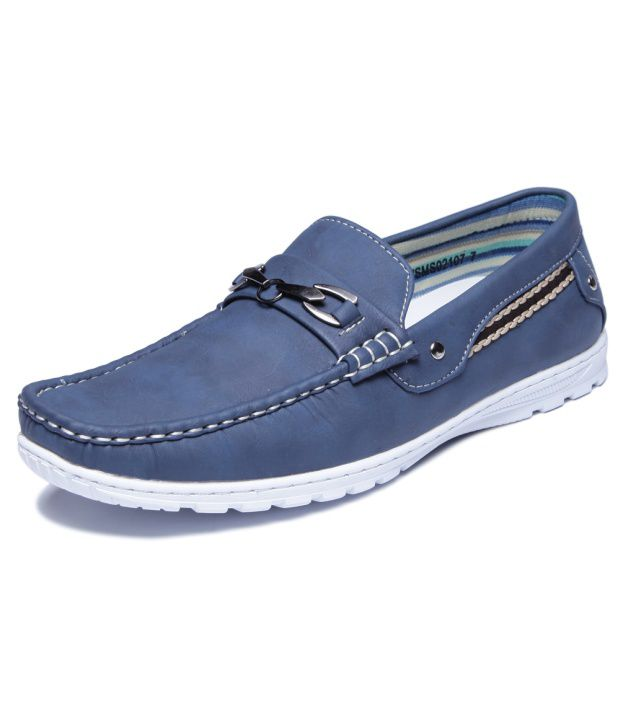 Buy Pavers England Blue Men - Loafers
