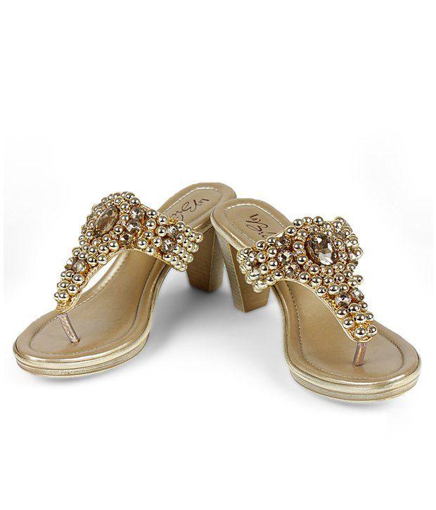 La Briza Splendid Golden Slip-on Heels