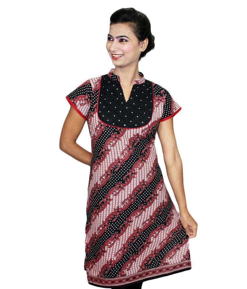 Dee Designer Women Amazing Black Cotton Printed Kurti