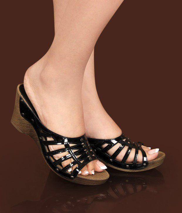 Catwalk Black Wedge Heel Sandals