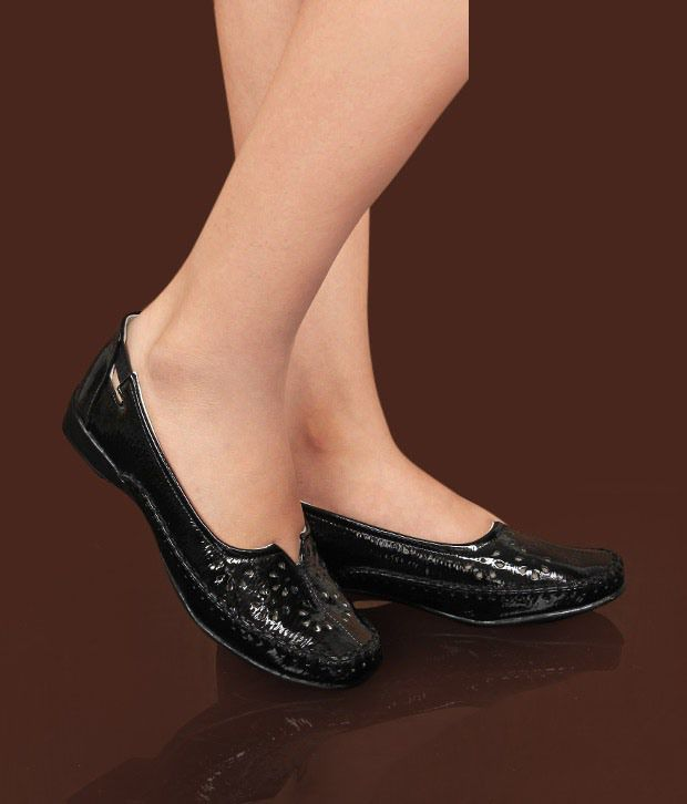 Catwalk Spectacular Black Belly Shoes