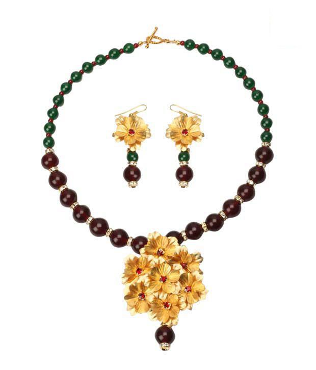 Aarya24kt Gold Foil Necklace Set