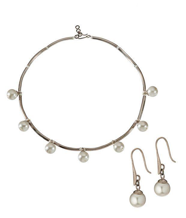 Ratnakar Elegant Pearl Necklace Set