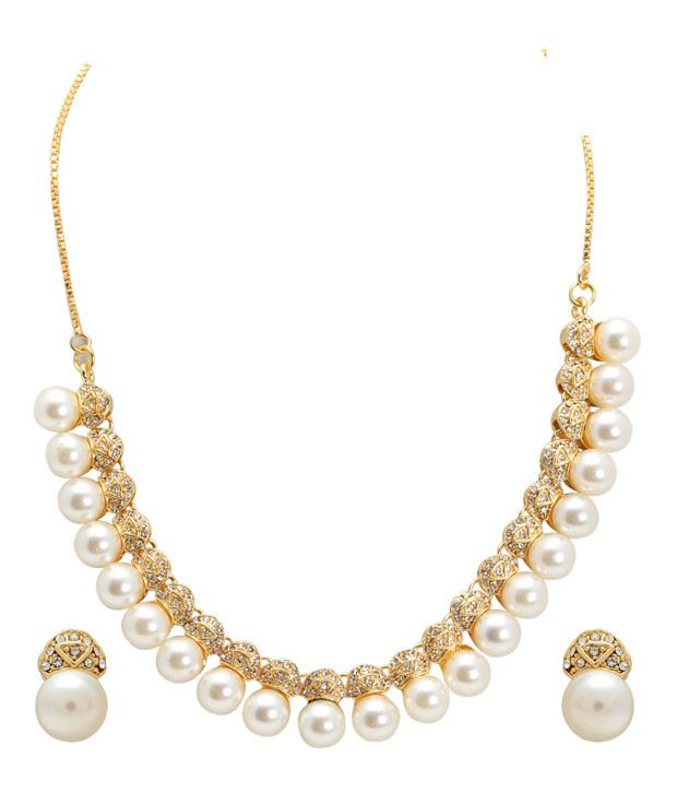 Sia Charismatic Pearl Necklace Set