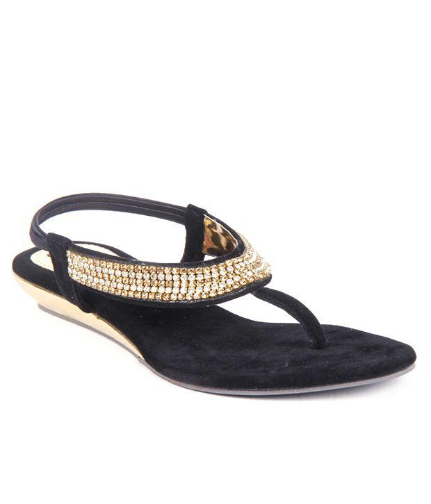 Feel It Studded Black Sandals